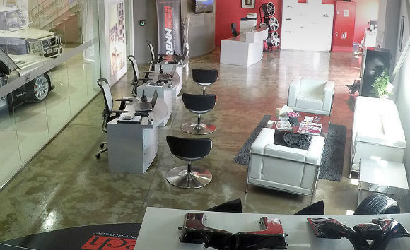 RENNtech Middle East AMG Chip Tuning Showroom